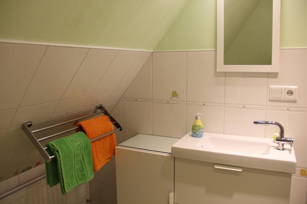 Ferienhaus auf Pellworm Badezimmer oben